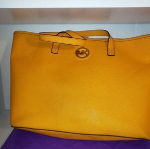 Michael Kors Tote Vintage Yellow Saffiano Leather